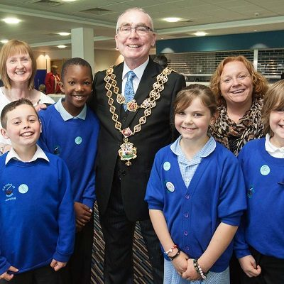 Group of children meeting the mayor at a Health For Life event